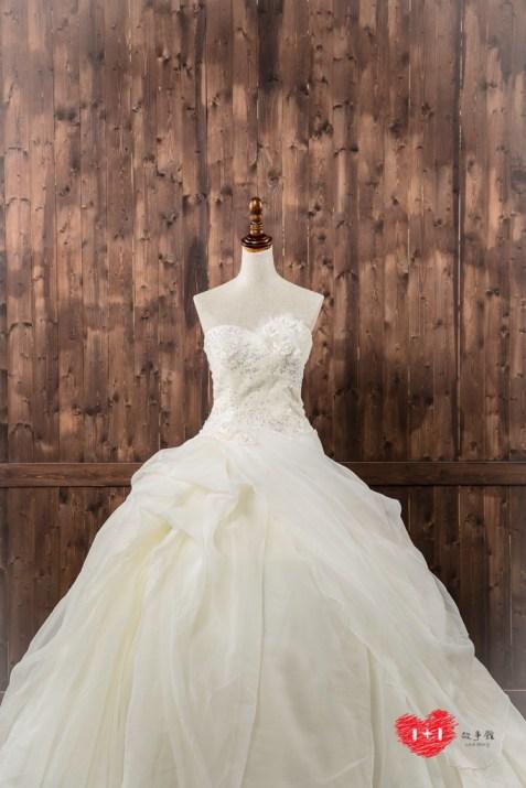手工婚紗推薦:浪漫公主感白紗