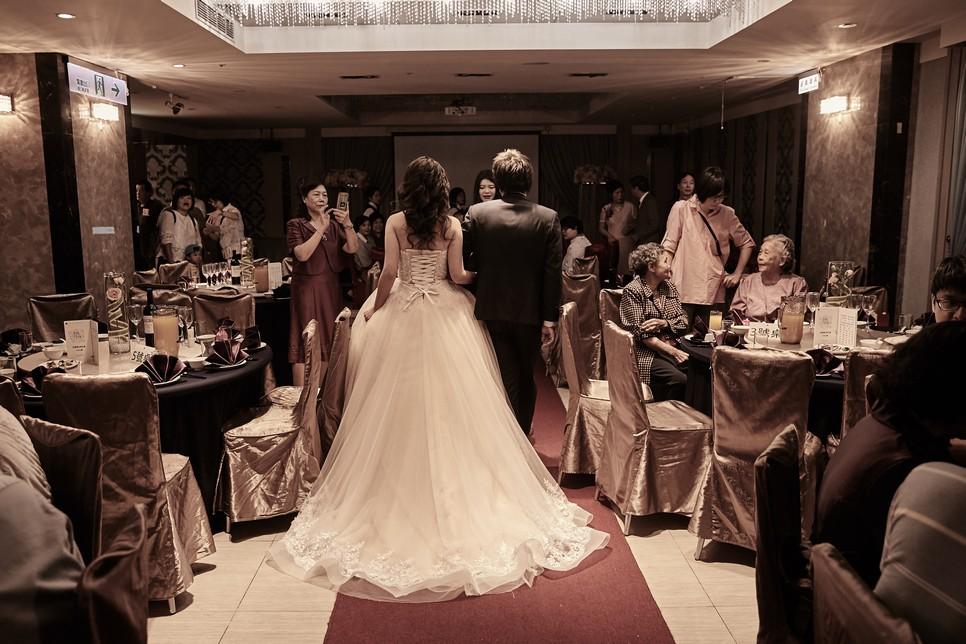 1+1手工婚紗 婚禮攝影,婚禮記錄,婚禮攝影師,婚禮錄影師