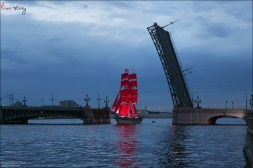 scarlet-sails-2015-bright-fireworks-show-in-saint-petersburg-1