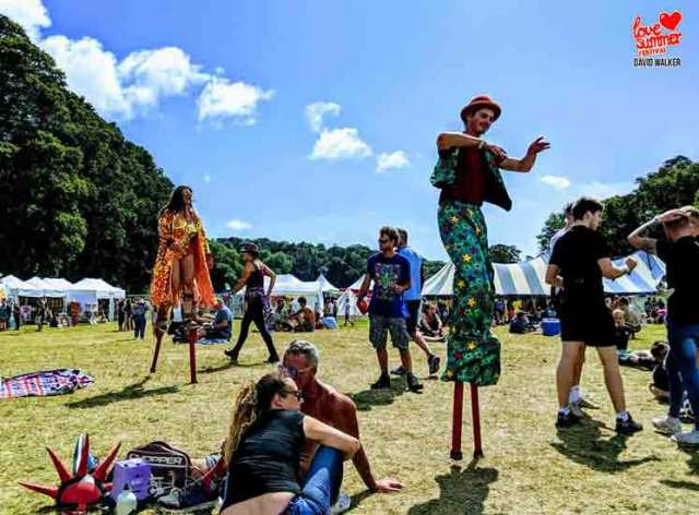 A Beautiful Festival in Devon at a stunning location. Great for kids and family fun. Located near Plymouth in South Devon