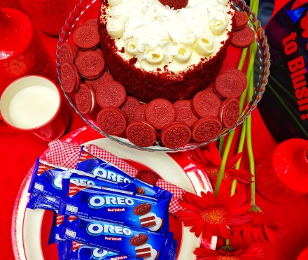 Teacher Eats: Make Everyday Blush with NEW Oreo Red Velvet