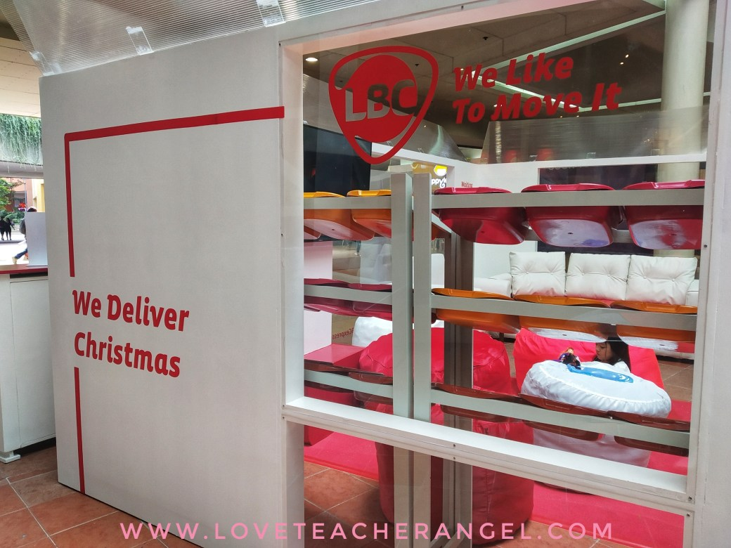 Teacher Insights: Let LBC Deliver Christmas with it's BIGGEST Balikbayan Box in SM MOA