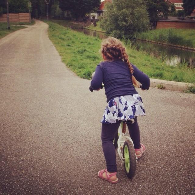 Lekker op de fiets naar de hertjes