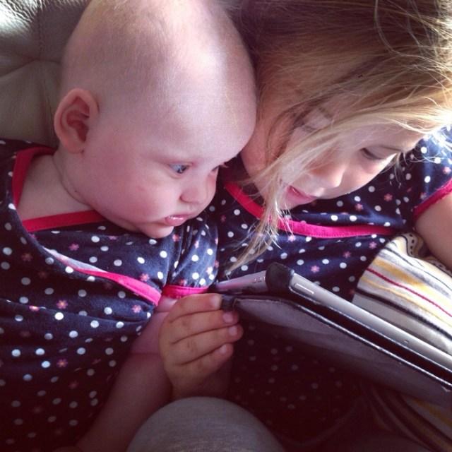 En om eventjes nog af te koelen gingen de dames samen achter de iPad.