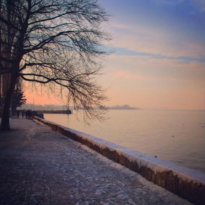 We gingen 's middags nog even de kou trotseren bij de Bodensee. Ik deelde deze foto's afgelopen week hier.