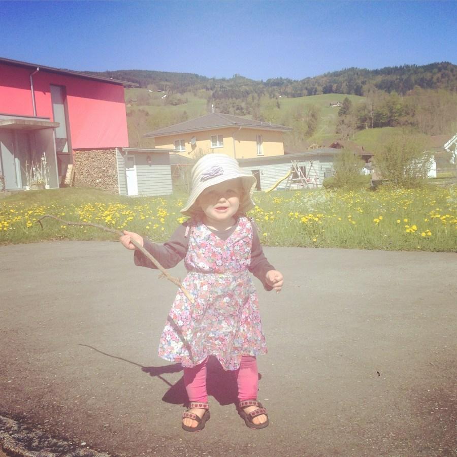 Op woensdag is Eva weer met de meiden uit de straat op pad en loop ik met mijn eigen Heidi door de straten