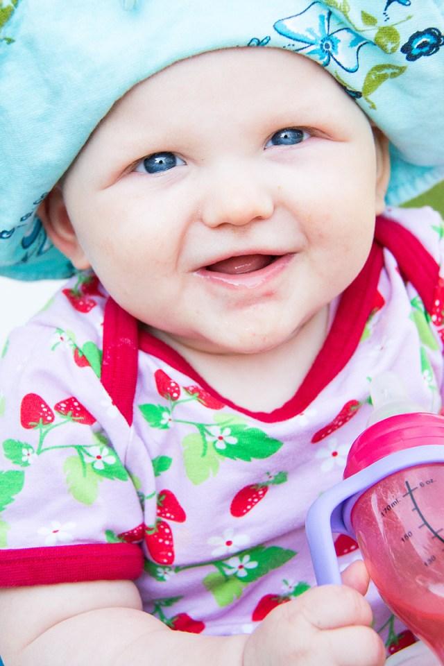 Mooie blauwe ogen en de jumpsuit van Puursammy's, zijn een goede combinatie!
