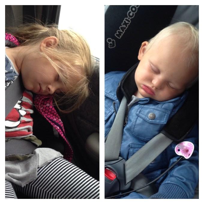 Zaterdag, na het boodschappen doen en rondrijden zaten we rond vijf uur met slapende kids in de auto.