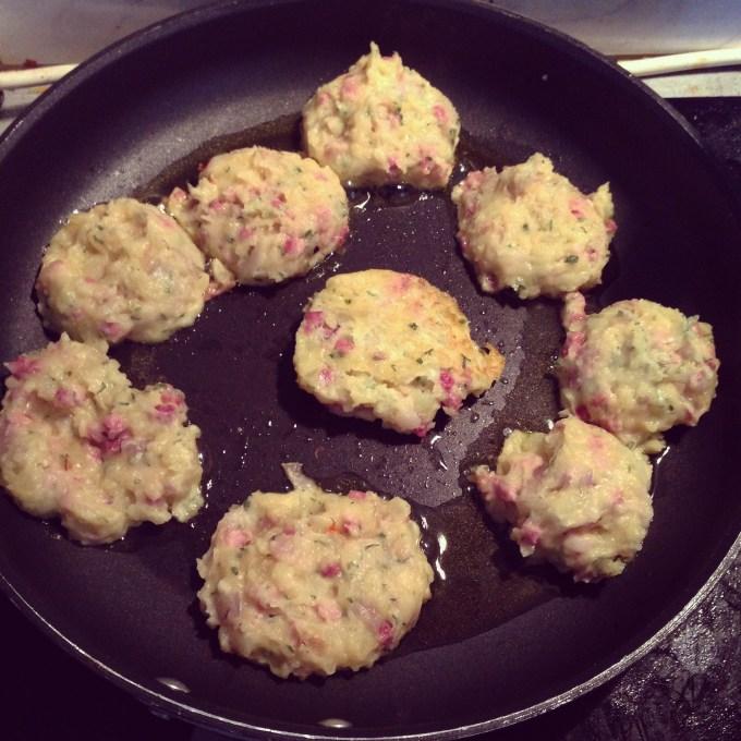 's Avonds maakte ik aardappelkoekjes met van alles erin. Heerlijk!