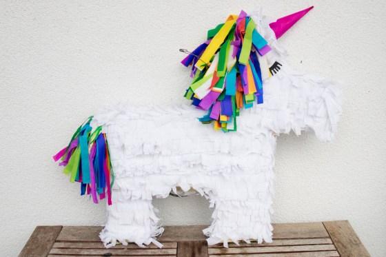 Eenhoorn piñata