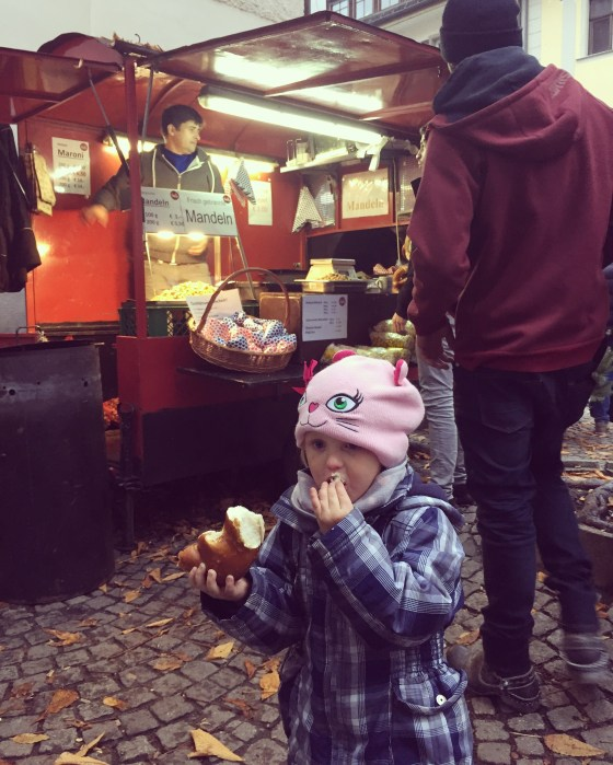 Op zondag besloten we de kerstmarkt in Feldkirch (Oostenrijk te bezoeken)