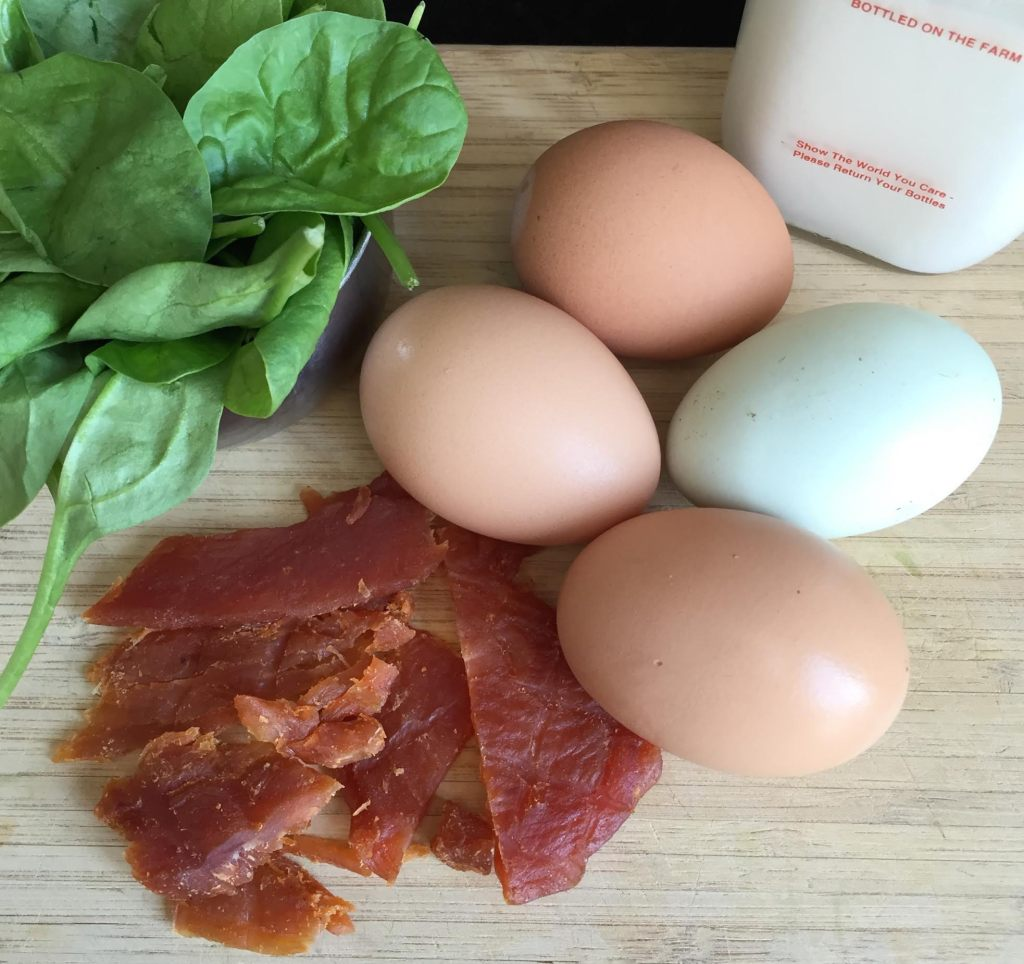Chef's Cut Honey Barbeque Chicken Jerky & Spinach Omelet ingredients.