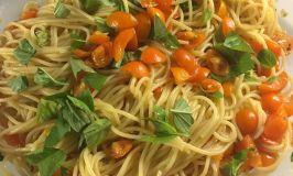 Pasta with Fresh Tomato Sauce and My Italian Dinner
