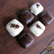 dipped coffee caramels-1