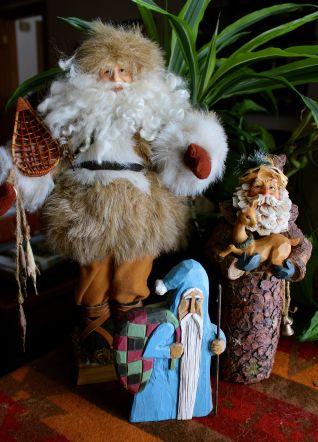 3 garage sale Santas