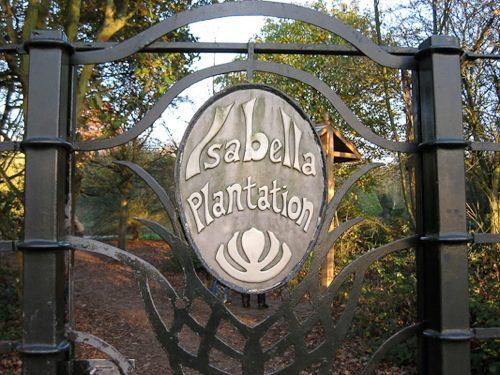 Isabella Plantation gates at Richmond Park, London - © L. Silberstein