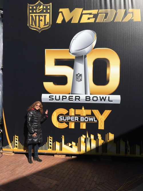 """""""Hi"""" from Super Bowl City, San Francisco - © LoveToEatAndTravel.com"""