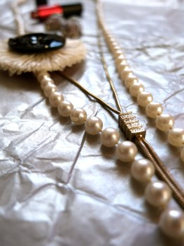 Flapper accessories