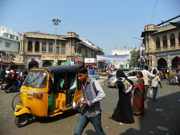 Улица в Хайдерабаде