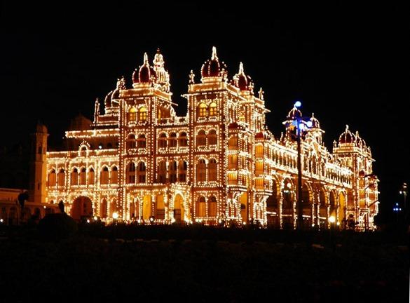 Подсветка Майсурского дворца