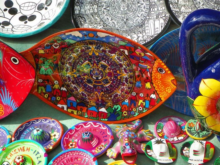 Сувениры на территории Чичен-Ицы