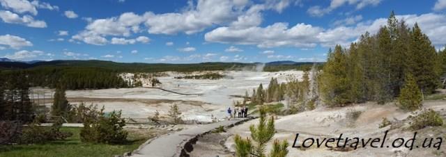 norris-geyser-basin-14