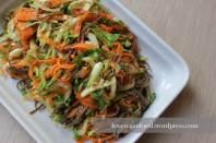 Pak-Choi Salat mit Sobanudeln und Ingwer-Soja-Dressing