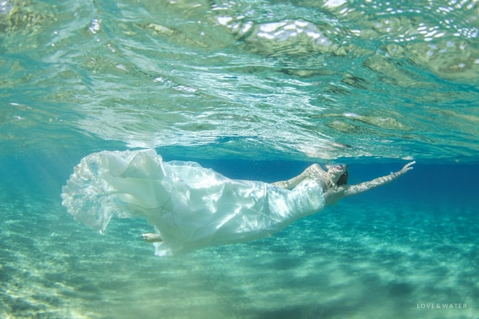 Maui underwater trash the dress photography