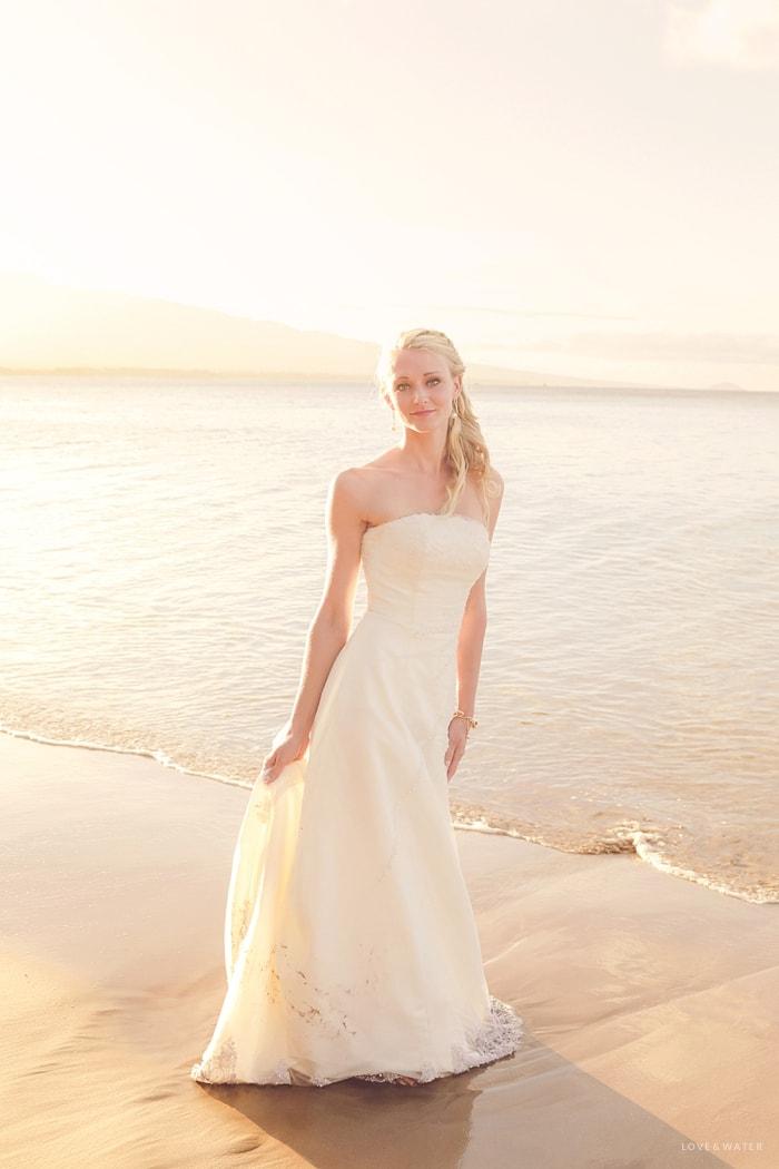 Maui beach trash the dress session