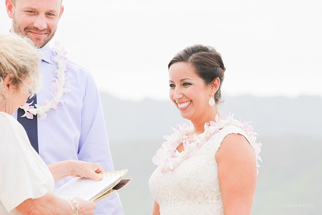 Hanalei Bay Elopement by Kauai Wedding Photographers www.lovewaterphoto.com #BHLDN #Kauai #BeachWedding #KauaiElopement #HanaleiBay #HawaiiWedding