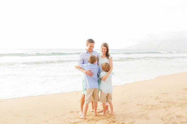 Maui-Vacation-Portraits-at-Beach_0130.jpg