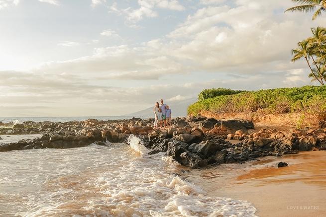 Maui-Vacation-Portraits-at-Beach_0155.jpg