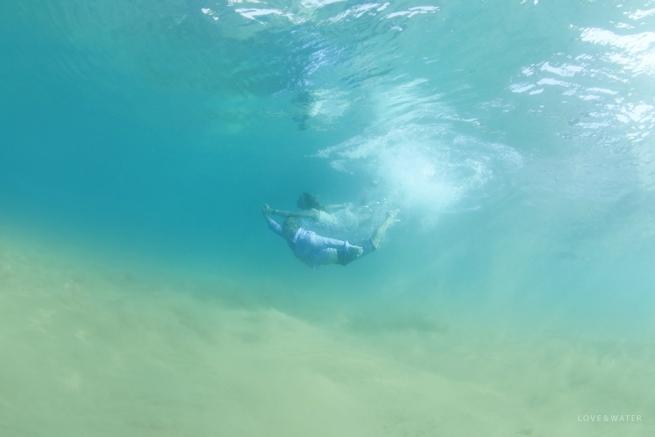 Underwater-Engagement-Photographers-Maui-Hawaii_0001.jpg