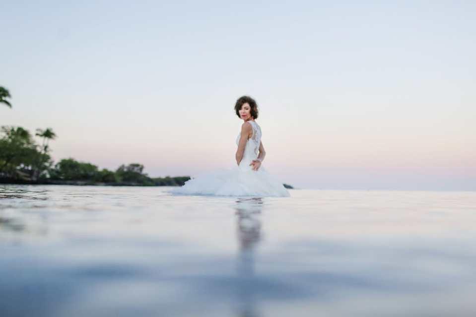 Big-Island-Hawaii-Trash-the-Dress-Photographer-8.jpg