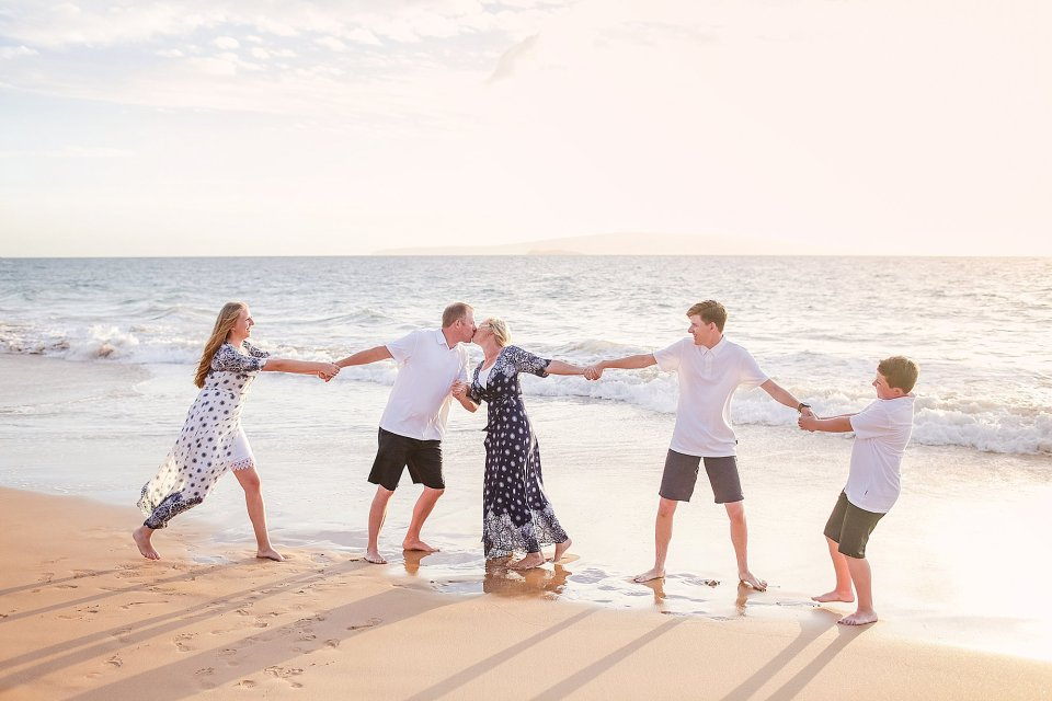 Maui-family-portrait-photographers
