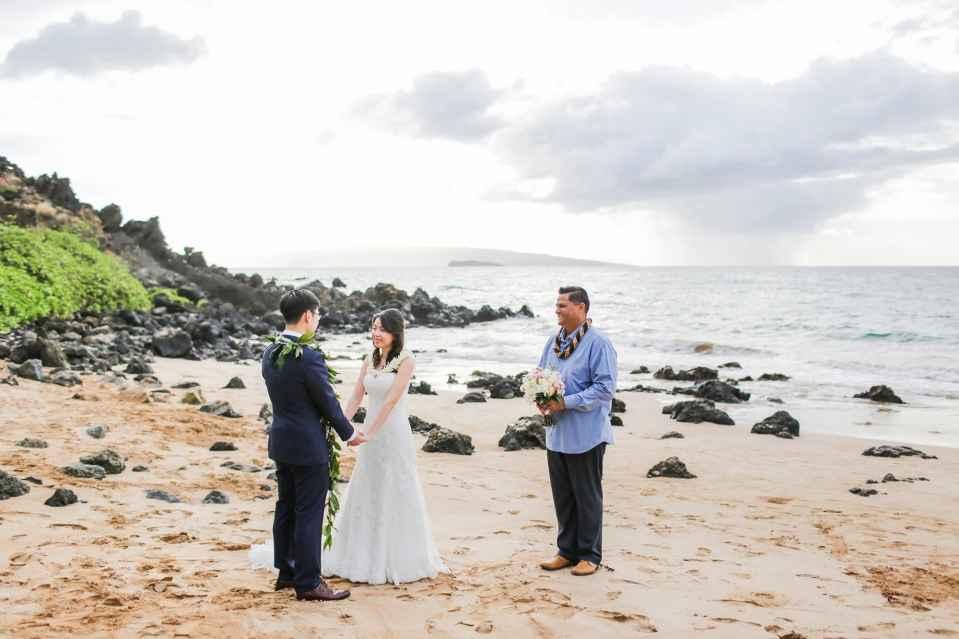 Maui-Wedding-Photographers_0008.jpg