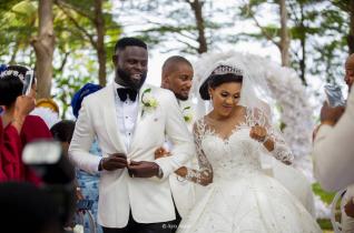 Nigerian Celebrity Wedding Bride and Groom Yomi Casual #TheCasuals17 Ayo Alasi LoveWeddingsNG 1