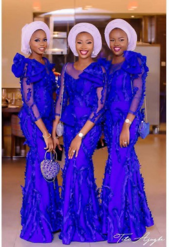Aso ebi ladies from #TheMoshs2017 | Fabric: @onafabrics | Aso Oke: @dambusasoke | Makeup: @gleemakeovers | Planner: @hans3events