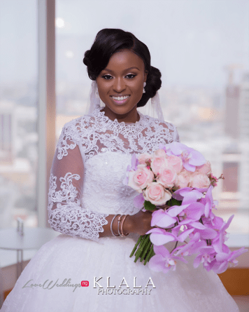 Nigerian Bride with a bouquet Folake and Ademola's Wedding #FAB2018 Klala Photography LoveWeddingsNG 2
