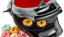 Andrew James Metallic Red Stainless Steel Flip And Serve 7 Doughnut Maker