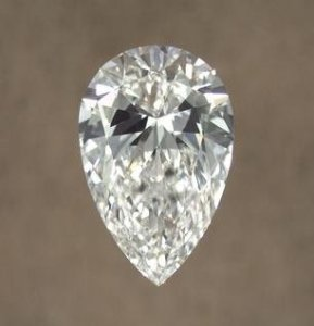 bowtie effect pear diamond
