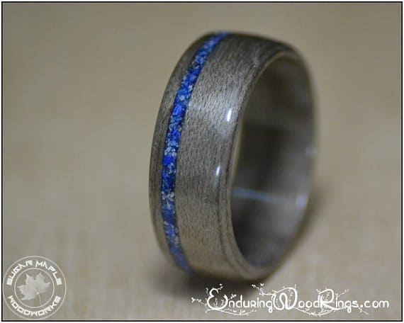 grey-maple-wood-ring-with-lapis-inlay