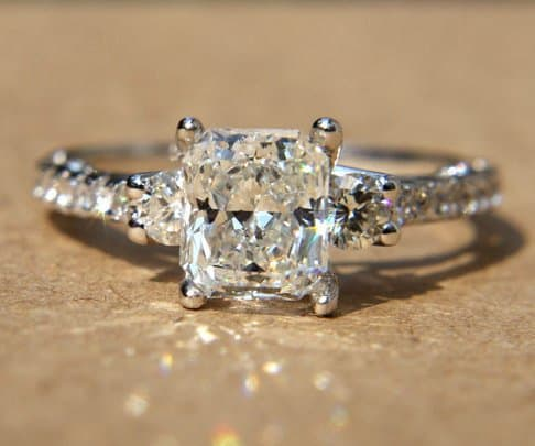 princess-cut-diamonds-and-twist-engagement-rings