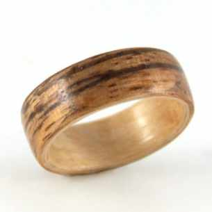 birch-wooden-wedding-ring