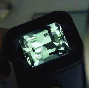 beryl-gemstone-info-meaning-types