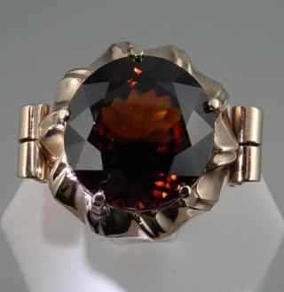 stunning-vintage-1800s-28-carat-natural-hyacinth-zircon-14k-gold-ring