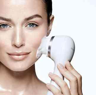 smart profile facial scrubber