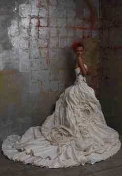 monarch-train-wedding-dress