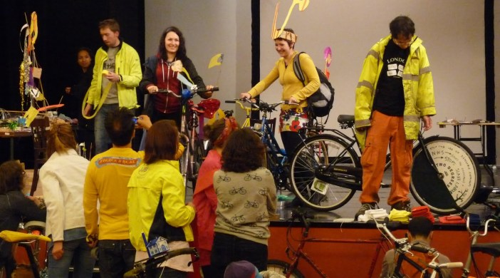 Before the run, Tour de Dalstoners decorate their bikes and themselves at Toynbee Hall