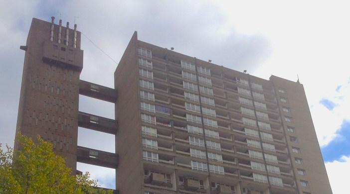 Balfron Tower, Poplar 260914 © ∂å